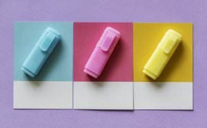 What packing materials should you use? Blue, pink and yelow markers on the papers.