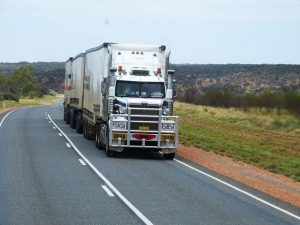 costs of moving and ways to avoid them - Moving truck