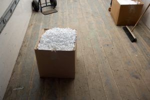 Boxes with packing pellets
