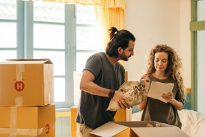 What to check before hiring your long distance movers?