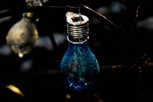 wet light bulbs