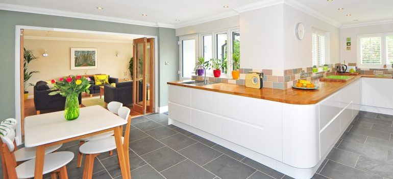 a large, tidy, kitchen space