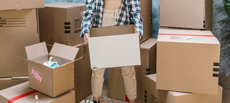 Using improper packing materials is one of the moving day mistakes to avoid
