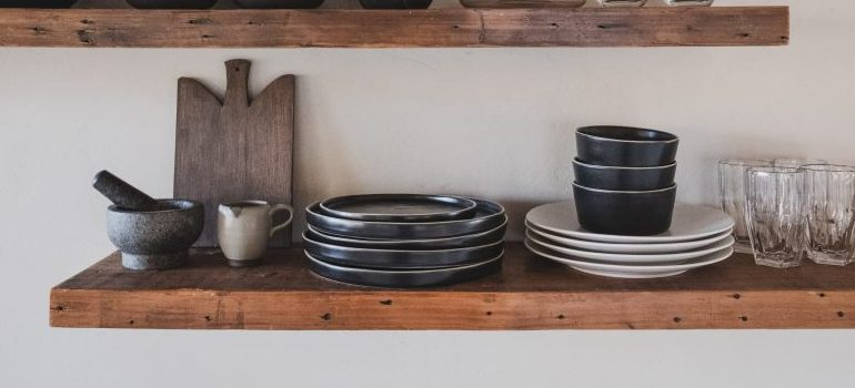 Hacks for a tidy kitchen - adjustable shelving
