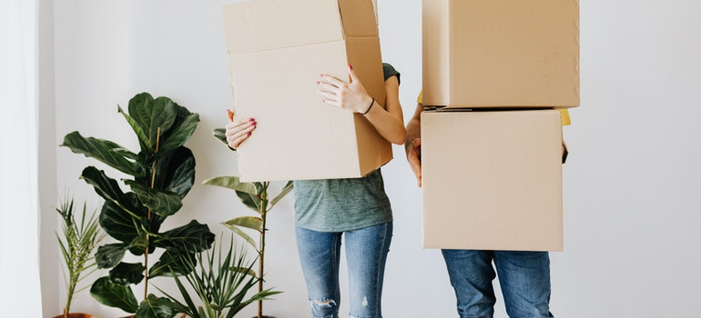 Couple ready for helping your moving crew