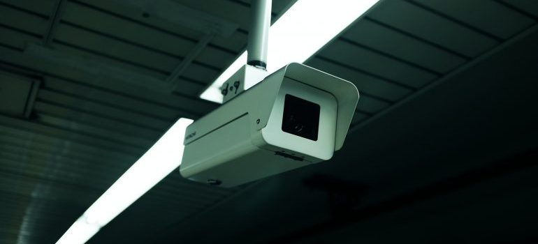 find secure storage units in New Albany that posess video cameras for surveillance