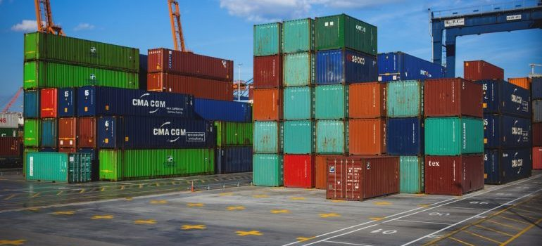 grow your warehouse network by adding a variety of steel containers